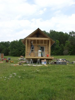 $20K House IV construction, Newbern, AL (2009). Courtesy: Rural Studio