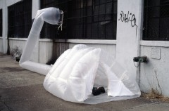 Michael Rakowitz Joe Heywood's paraSITE shelter (2000). Plastic bags, polyethylene tubing, hooks, tape. Battery Park City, Manhattan, NY. Courtesy of the artist and Lombard-Freid Projects
