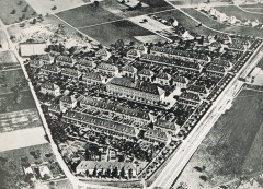 Aerial view of Freidorf from 1921. Courtesy: Siedlungsgenossenschaft Freidorf